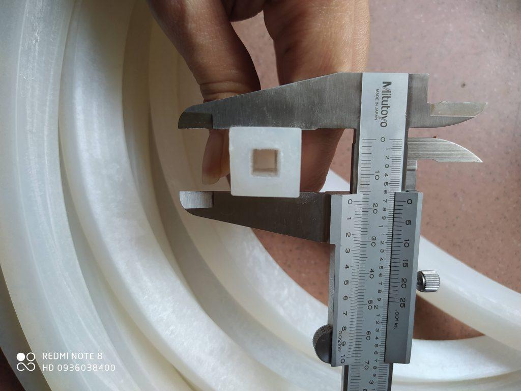 Ống silicone vuông 16x16